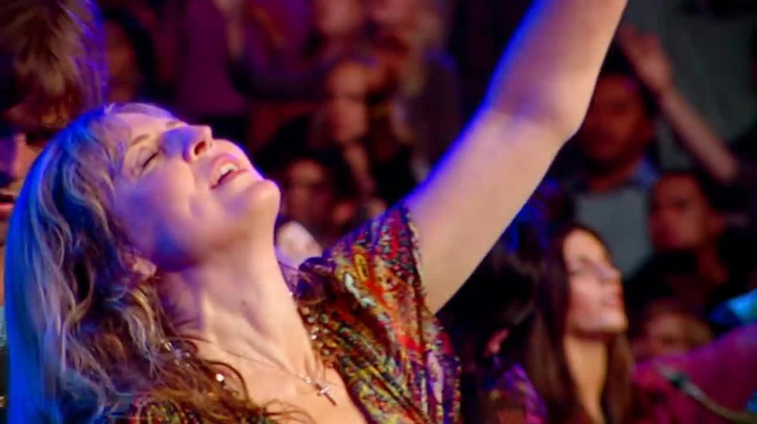 Mighty To Save - Hillsong Worship