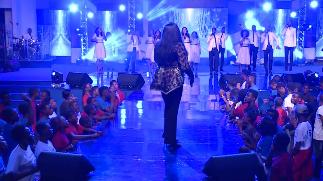 SINACH  THERE'S AN OVERFLOW