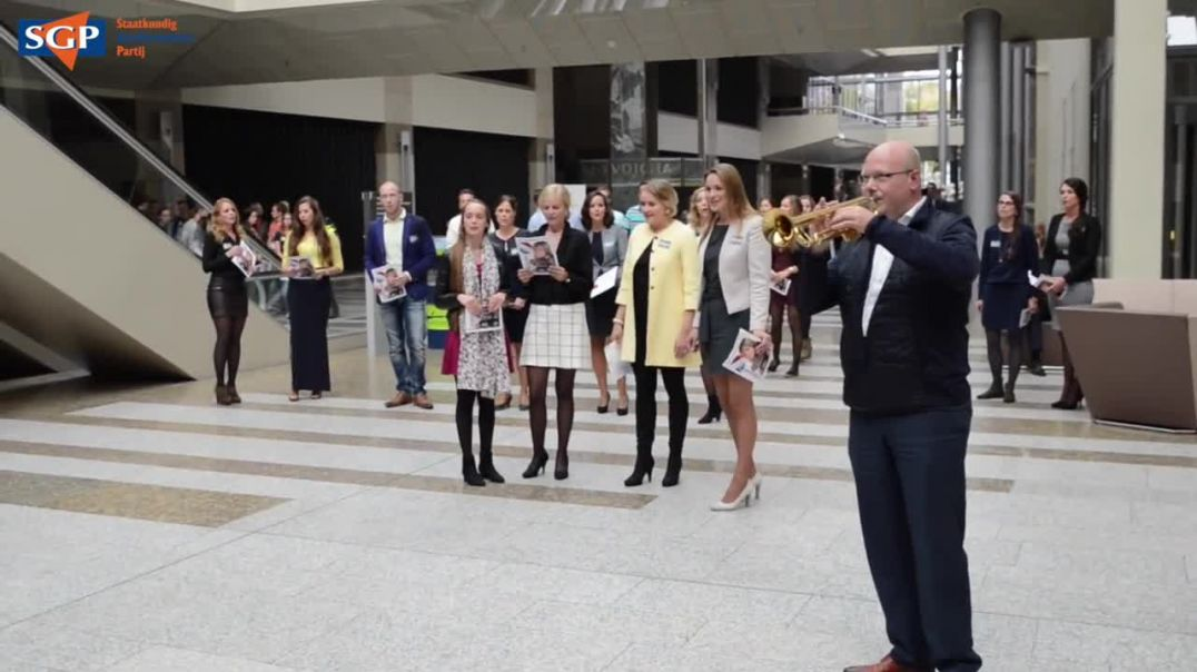 Amazing Grace - Flashmob in Tweede Kamer gebouw