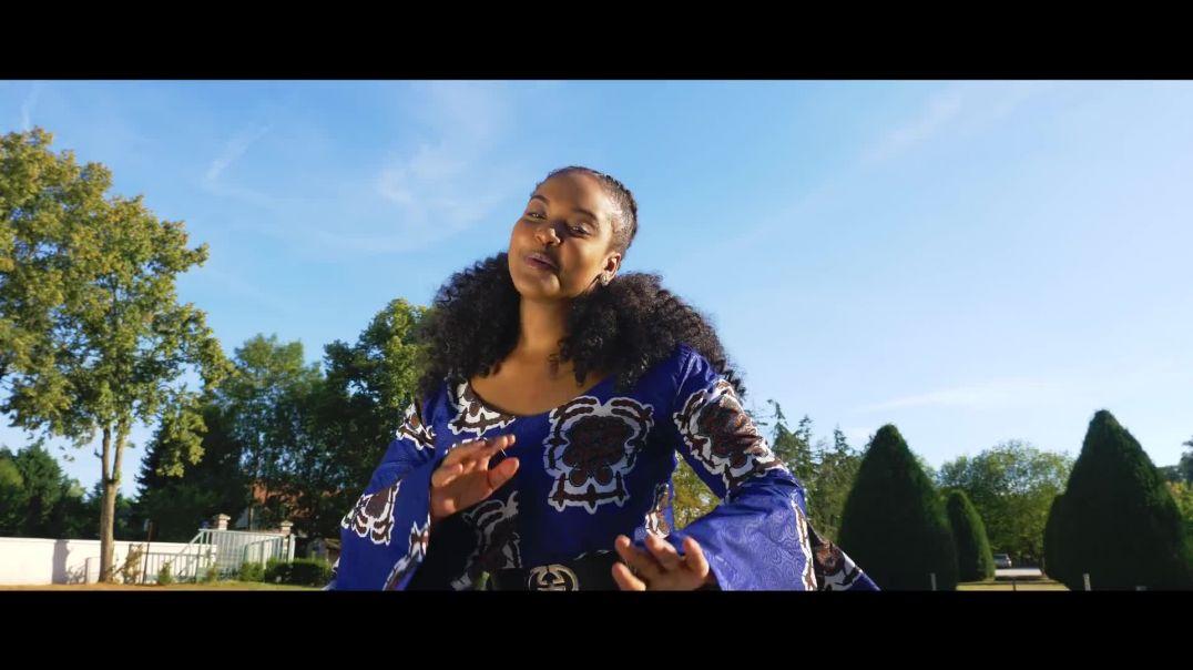 Roxy Olua - ADMIRABLE (Clip Officiel)