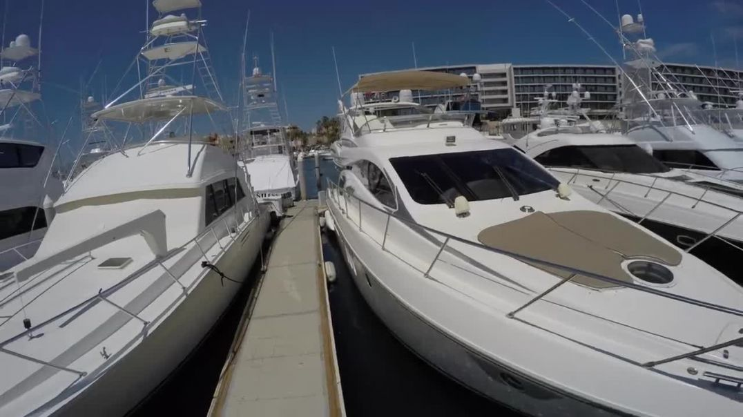 Cabo Yacht World - Cabo Yacht Charters