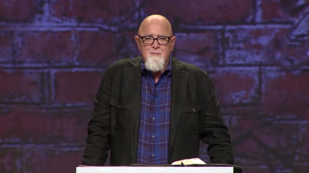 Pastor James MacDonald - Christians Don't Pray