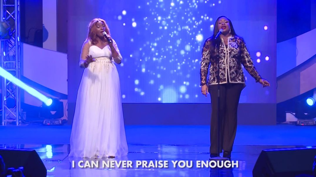 SINACH IN AWE featuring Ebiere