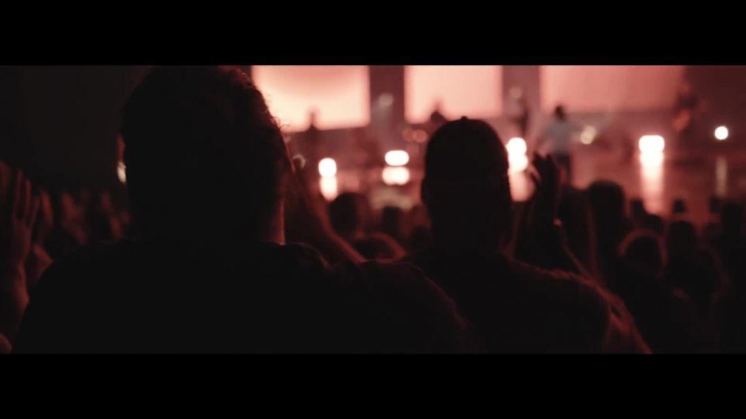Champion // Bethel Music feat. Dante Bowe